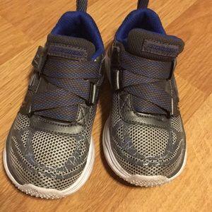 Boys Skechers Tennis Shoes Size 10